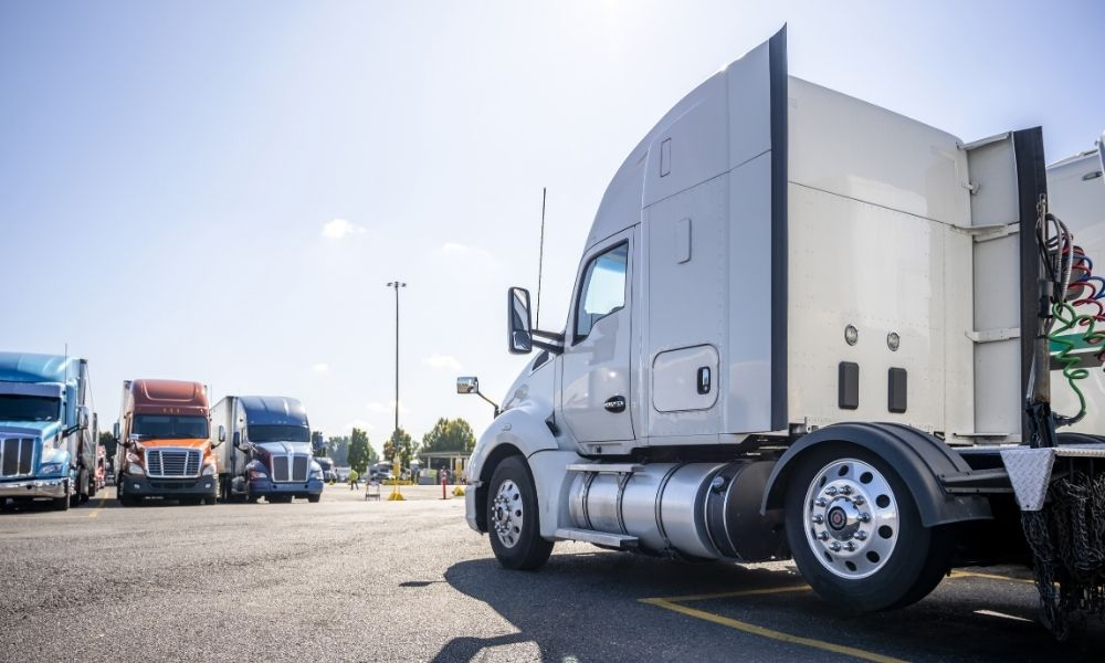 Three Rest Stop Safety Tips for Truckers